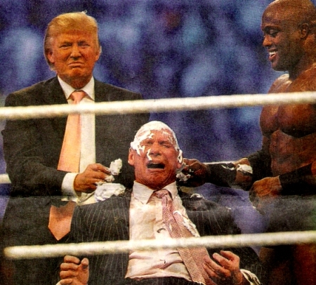 Vince perdeu e teve que raspar o fuá...